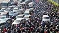 'Gỡ rối' ùn tắc và tai nạn giao thông: Phát huy vai trò của người dân