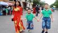 Phụ nữ Việt  ngày càng yêu áo dài