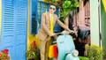 Đàm Vĩnh Hưng trang trí Tết theo phong cách xưa cho biệt thự 60 tỷ; Nghệ sĩ Giang Còi gây hoang mang khi lái xe mà tay vẫn truyền nước