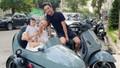 Cường Đôla sắm xe độc tặng 'tiểu công chúa'; Phượng Chanel lần đầu khoe con chung với Quách Ngọc Ngoan