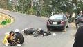 Cặp đôi phượt thủ chở nhau bằng xe máy mất lái bị thương nặng