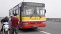 Người đàn ông bị xe buýt đâm tử vong sau cú va chạm  