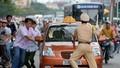 Truy bắt đối tượng tông xe vào cảnh sát giao thông rồi bỏ chạy