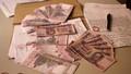 Bắt hai đối tượng dùng số lượng lớn ngoại tể giả để đổi sang tiền Việt
