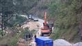 Lào Cai: Chính quyền cưỡng chế doanh nghiệp trên mặt đập thủy điện gây mất an toàn hồ chứa