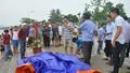 2 người chết do bơi thuyền lúc có mưa dông lớn ở Hồ Tây