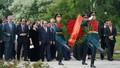 Thủ tướng thăm một số 'địa chỉ đỏ' tại Saint Petersburg