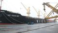 """TKV rót 45.000 tấn than cho tàu """"xông đất"""" ngày đầu xuân Canh Tý"""