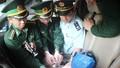 Bắt kẻ vận chuyển 600 viên ma túy từ Lào về Việt Nam