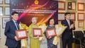 Bộ GD&ĐT trao tặng bằng khen cho Quỹ học bổng Vừ A Dính