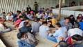 Hơn 100 cảnh sát tấn công sòng bạc tại kho gạo bỏ hoang