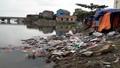"""Quảng Bình: Chợ Lý Hòa """"oằn mình"""" vì rác thải"""
