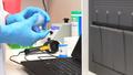 Công ty Mỹ phát triển bộ xét nghiệm virus corona nhanh trong 45 phút