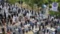 Iran cho cầu nguyện tập thể trở lại bất chấp gia tăng ca nhiễm COVID-19
