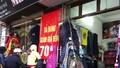 """Hà Nội: """"Nóng"""" thị trường quần áo rét"""