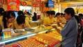 Rộ tin vàng giả Trung Quốc, mua bán ngưng trệ
