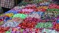 Bánh kẹo không nhãn mác tràn ngập thị trường ngày giáp Tết