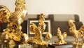 Vàng thế giới tăng đột biến, giảm dần khoảng cách với vàng trong nước