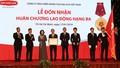 Công ty BHNT Dai-ichi Việt Nam đón nhận Huân chương Lao động Hạng Ba