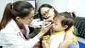 Gần 100 trẻ nghèo ở Tuyên Quang được khám, phẫu thuật mắt miễn phí