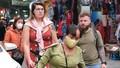 Người nước ngoài ra đường không đeo khẩu trang có bị phạt không?
