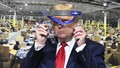 Tổng thống Trump chuyển toàn bộ tiền lương của mình cho cuộc chiến chống Covid-19