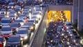 """Bộ Giao thông vận tải sẽ """"rút"""" quy định bật đèn nhận diện xe máy ban ngày"""