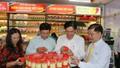 Cần Thơ khai trương điểm bán hàng Việt cố định