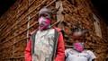 Kiểu tóc 'virus corona' trở nên phổ biến ở Kenya