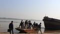 Gia đình thuê tàu hút cát tìm thi thể bị bác sĩ phi tang