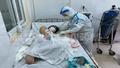 Phẫu thuật lấy thai thành công cho sản phụ mắc Covid-19 tại khu cách ly