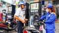 Xăng tăng giá, dầu giảm nhẹ