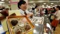 Phụ nữ Nhật 'nổi loạn' ngày Valentine, tự mua socola ăn