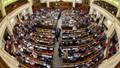 Ukraine đột ngột thay Thủ tướng và toàn bộ nội các