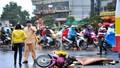Sang đường, người phụ nữ bị xe buýt tông tử vong