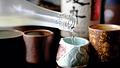 Kinh hoàng sản xuất rượu bằng hóa chất mà không cần gạo