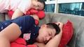 Bà xã diễn viên Bình Minh tiết lộ sở thích đặc biệt khi ngủ của chồng