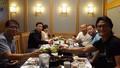 Huấn luyện viên Park Hang Seo đi ăn tối cùng trợ lý sau thời gian nghỉ phép ở quê nhà