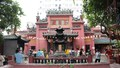 Bí ẩn trong ngôi chùa cầu con nổi tiếng Sài Gòn
