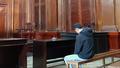 Thanh niên bắt bạn gái khỏa thân, quỳ xin lỗi để chụp hình đăng facebook