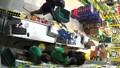 TP HCM: Hai thanh niên cầm vũ khí cướp cửa hàng Bách hóa xanh
