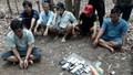 Bắt quả tang hơn chục đối tượng 'ăn thua' tại trường gà ở Nhơn Trạch