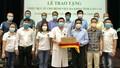 Trao tặng thiết bị y tế trị giá 450 triệu đồng cho Bệnh viện Đa khoa tỉnh Lào Cai.