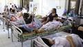 Tăng viện phí, lương cán bộ Y tế sẽ tăng theo.