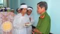 TT-Huế: Lãnh đạo Công an tỉnh thăm và hỗ trợ gia đình nạn nhân trong vụ cháy