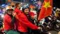 Nụ cười người xứ Huế hòa 'không khí dân tộc' mừng U22 Việt Nam giành HCV