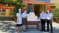 Báo Pháp luật Việt Nam phối hợp với Công ty Saigonmit tặng hơn 1.200 chiếc khẩu trang cho các em học sinh
