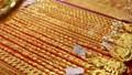 Giá vàng thế giới đang tiến thẳng mốc 1.800 USD/Ounce
