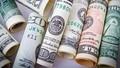 Giá USD ngày 20/5: Tiếp tục sụt giảm cả thế giới lẫn trong nước