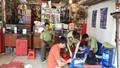 Phát hiện phụ tùng giả nhãn hiệu Honda trong cửa hàng sửa chữa xe máy
